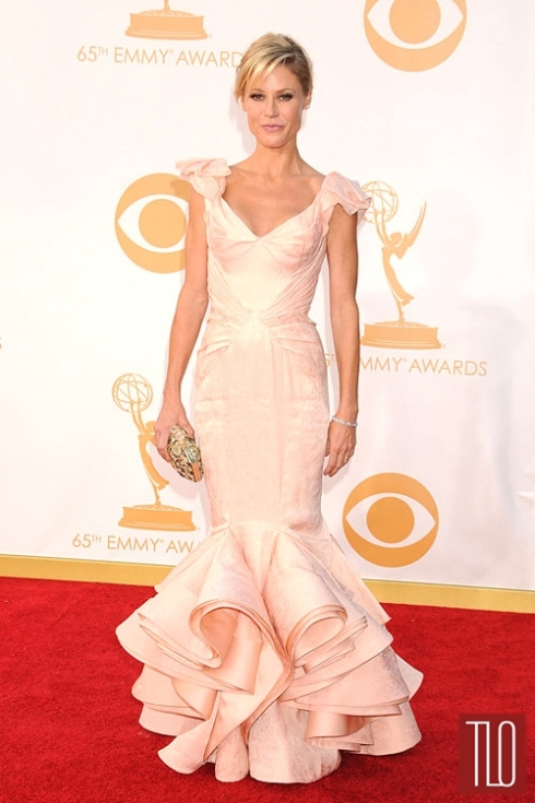 Julie+Bowen+Zac+Posen+2013+Emmy+Awards+1
